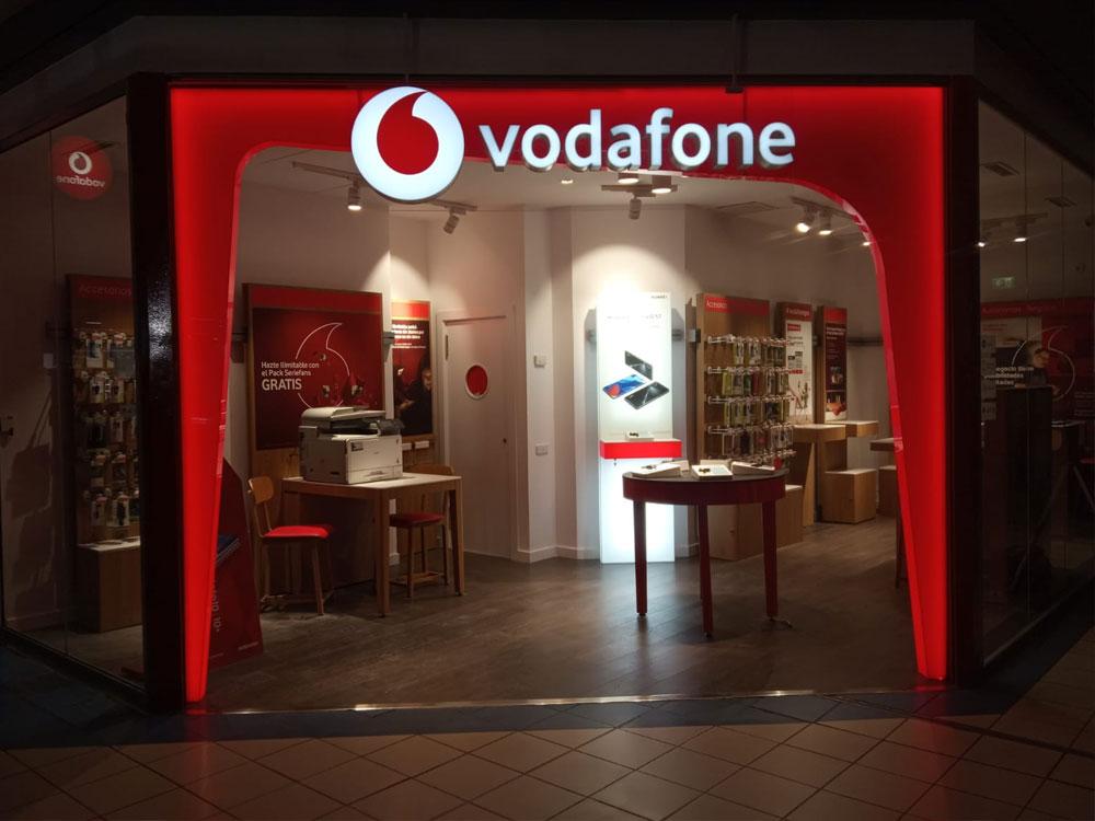 Tienda-Vodafone-Rosas-Red-Chain